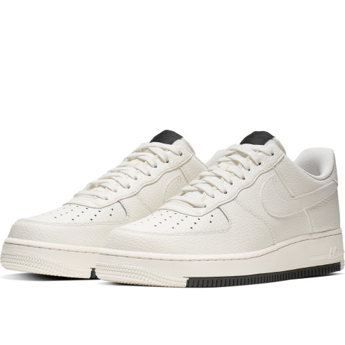 Nike Air Force 1 '07 1